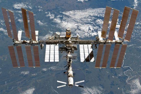 Космический корабль «Союз» с новым экипажем причалил к МКС