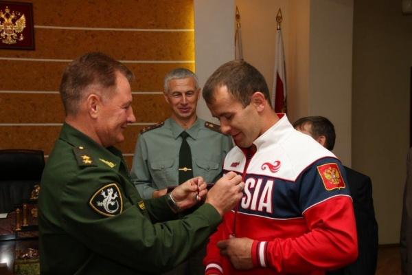 Двум представителям клуба самбо УГМК вручены высокие государственные награды