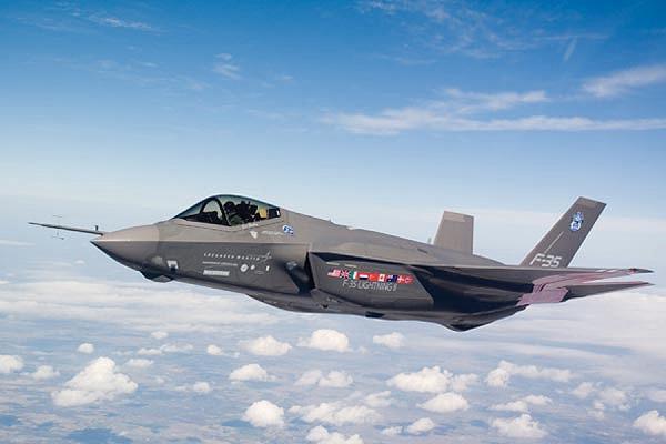 Ирак впервые применил против ИГ американские самолеты F-16