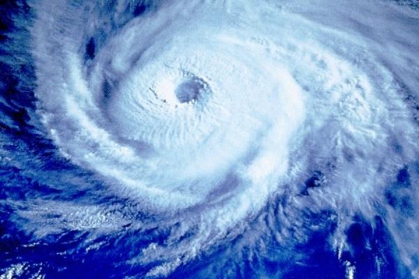 """Из-за тайфуна """"Кило"""" в Японии пострадали шесть человек"""