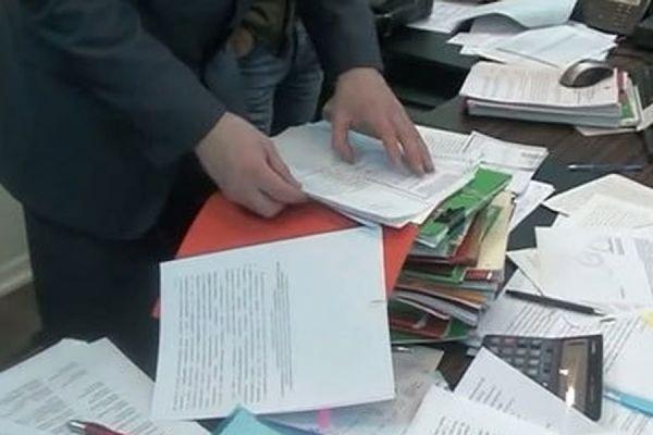 Московская полиция проводит обыски в банке «Адмиралтейский»