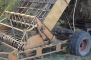 Каменского фермера из-за неосторожности затянуло в самодельную установку по уборке сена