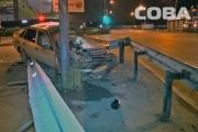В Екатеринбурге водитель иномарки устроил ДТП и скрылся, оставив в машине документы и пиво