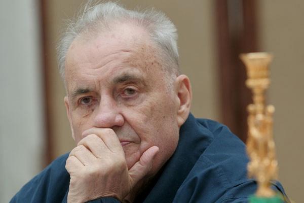 Врачи опровергли информацию о госпитализации Эльдара Рязанова