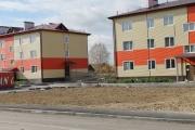 Власти Свердловской области не спешат приводить в порядок «новые аварийные дома» для переселенцев