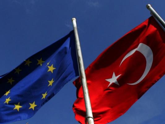 Саммит ЕС принял план действий с Турцией по борьбе с миграционным кризисом