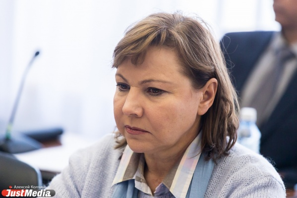 Свердловский минфин планирует взять кредиты в коммерческих банках на 7,5 млрд рублей