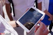 Жители Верхней Пышмы будут ловить wi-fi от солнца. Городу подарили «умный» фонарь
