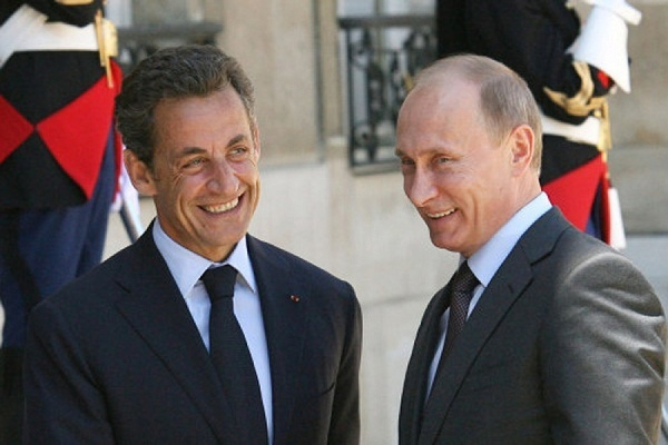 Завтра Владимир Путин встретиться с Николя Саркози