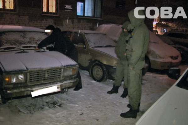 На Вторчермете задержали двух мужчин, воровавших аккумуляторы