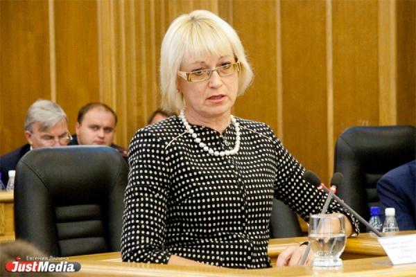 Прогубернаторские СМИ «отправили» Умникову в отставку