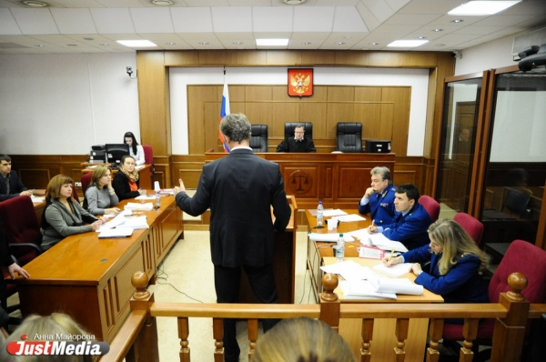 Ройзман заявил, что Кинев оболгал его, потому что силовики угрожали ему убийством жены