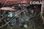 На Кольцовском тракте водитель на Chevrolet улетел в кювет и снес несколько деревьев