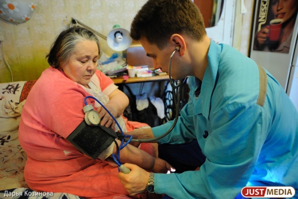 Врачи екатеринбургской скорой ждут наплыва пациентов из-за резкого «потепления»