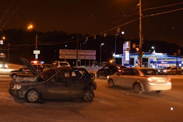 В Екатеринбурге в ДТП пострадала 10-летняя девочка-пассажир