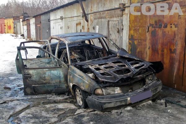 На улице Волховской сгорел автомобиль Daewoo Nexia