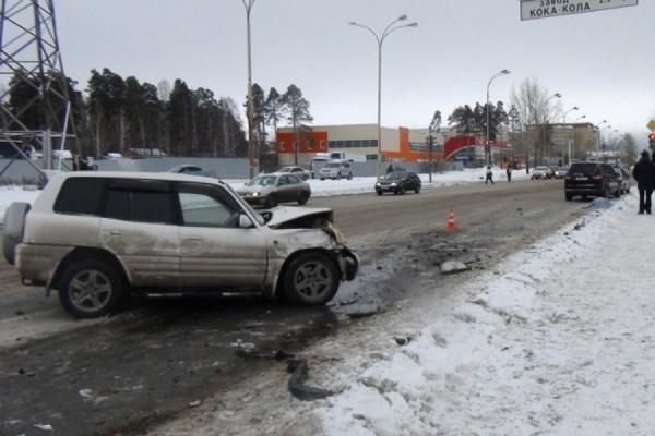 За минувший уикенд в ДТП на Среднем Урале погибли пять человек