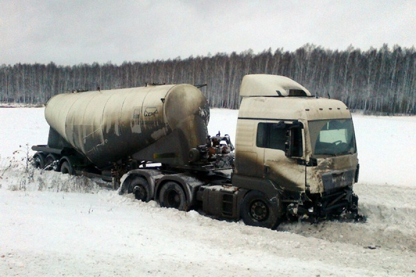 Водитель «Нивы» не справился с управлением из-за превышения скорости. Подробности смертельного ДТП под Богдановичем