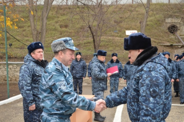 Начальник ГУ МВД области навестил свердловских полицейских на Северном Кавказе