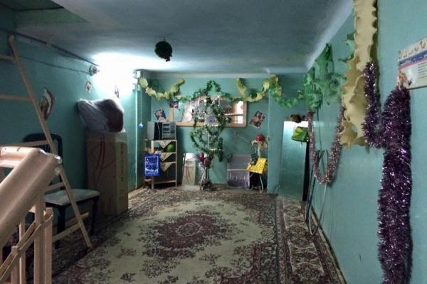 Конкурс добрых дел: жительница Екатеринбурга открыла спортзал на лестничной площадке