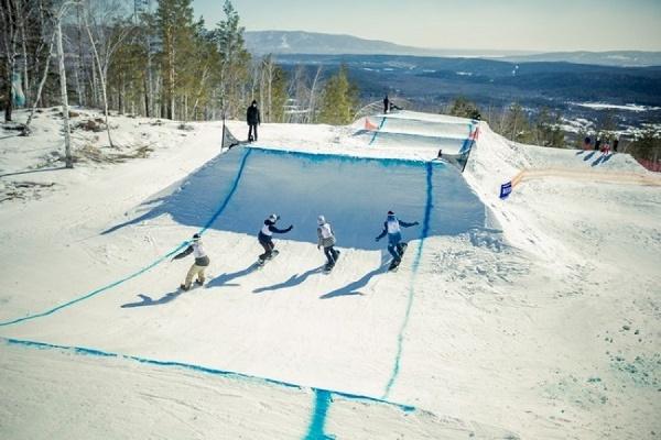 Подготовка к проведению этапа Кубка мира по сноуборду в Челябинской области идет по графику
