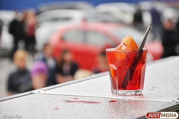 Алкоголь на массовых мероприятиях в Екатеринбурге теперь будет вне закона