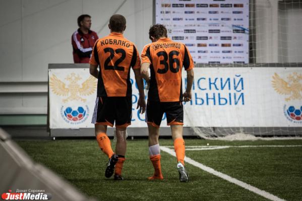 В «Урале» пополнение: клуб подписал контракт с игроком «Факела» Дмитрием Коробовым