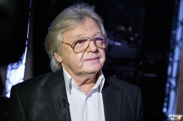 Концерт Антонова в Екатеринбурге вновь под угрозой срыва. Врачи диагностировали у певца инфаркт