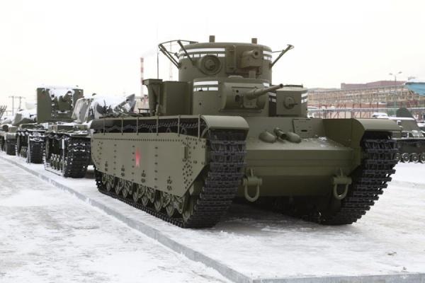 В музее военной техники УГМК появился единственный в мире серийный пятибашенный танк