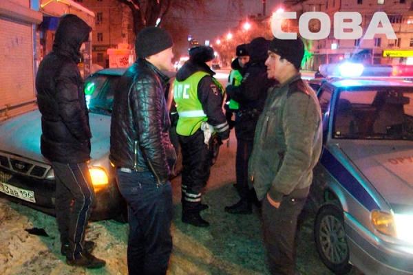 Буйного екатеринбуржца, который разбил автомобиль такси, привлекли к ответственности за мелкое хулиганство