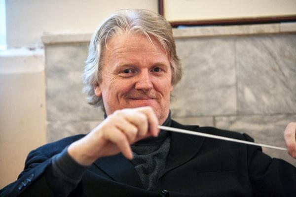 Главный дирижер Нидерландского королевского оркестра даст единственный концерт в Екатеринбурге в честь десятилетия Дома музыки