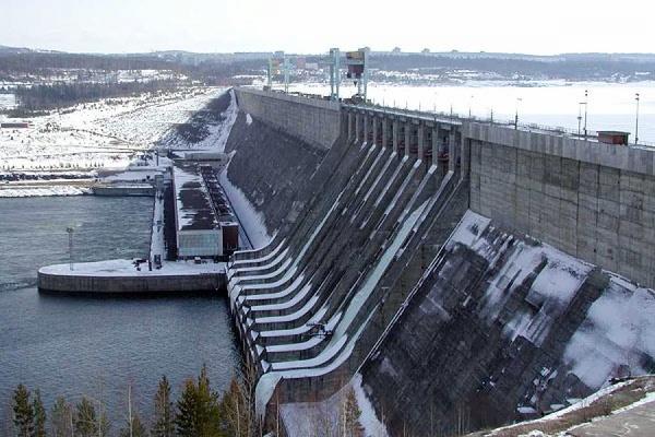 Новосибирская ГЭС эвакуирована из-за сообщения о бомбе