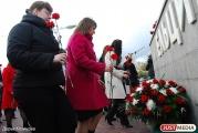 Студенты УрФУ возложат цветы к памятнику Борису Ельцину