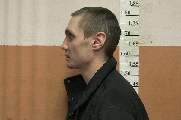 Житель Екатеринбурга помог задержать разбойника, похитившего выручку в киоске