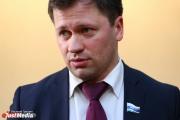 «Партия занимает пассивную позицию». Депутат Семеновых собирается выйти из фракции ЕР
