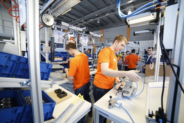 В Уральском федеральном университете открыли первую в России Образцовую фабрику