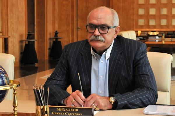 Михалков предложил признать политику Горбачева и Ельцина преступной