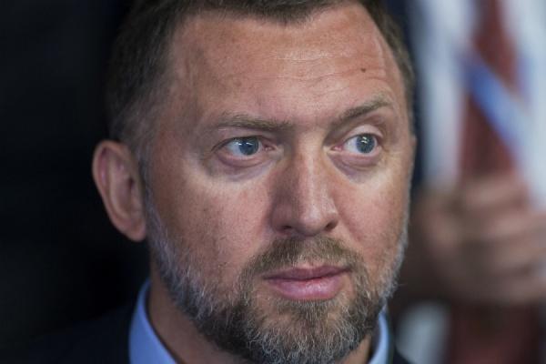 Дерипаска допустил рост курса доллара до 100 рублей