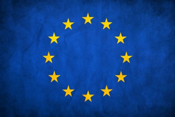 Италия и Венгрия не поддержали автоматическое продление санкций к РФ