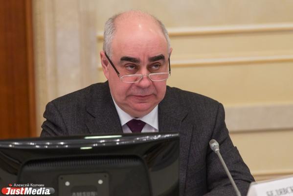 Финансирование сократилось на 100 млн рублей, зарплаты – на 10%. Главврач одной из свердловских больниц рассказал о последствиях оптимизации по-куйвашевски