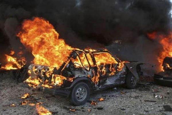 В автомобиль украинского депутата бросили гранату