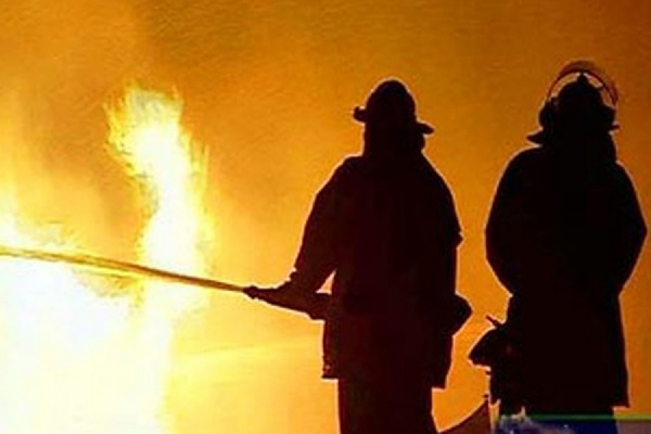 На машиностроительном заводе в Екатеринбурге произошел пожар