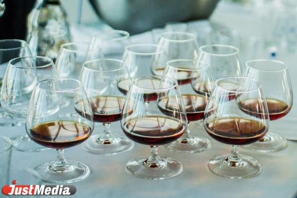 «Паленки» станет меньше. Почти все уральские производители и продавцы алкоголя подключились к системе ЕГАИС