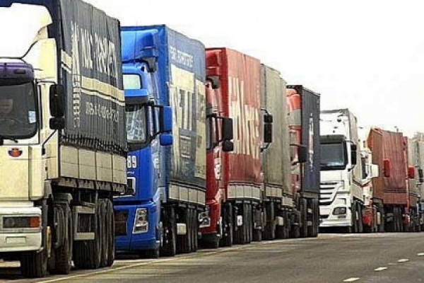 Правительство РФ увеличило сборы с иностранных перевозчиков на дорогах России
