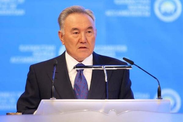 Назарбаев выразил надежду на восстановление отношений России и Украины