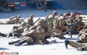 Накануне 9 мая жители Екатеринбурга «взяли Берлин» и станцевали вальс Победы. ФОТО