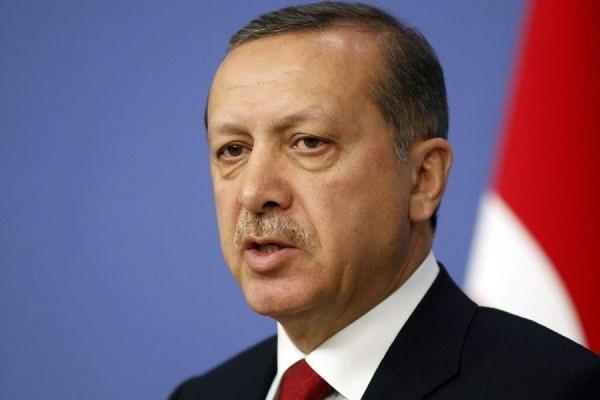 Посольство Турции в Берлине украсили портретом Эрдогана