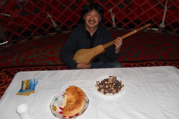 На смену Киневу в ЕГД придет художник и поэт с корейскими корнями. Мандат ему вручат уже завтра