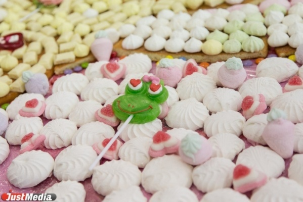 В Екатеринбурге построят город  из сладкой ваты и конфет