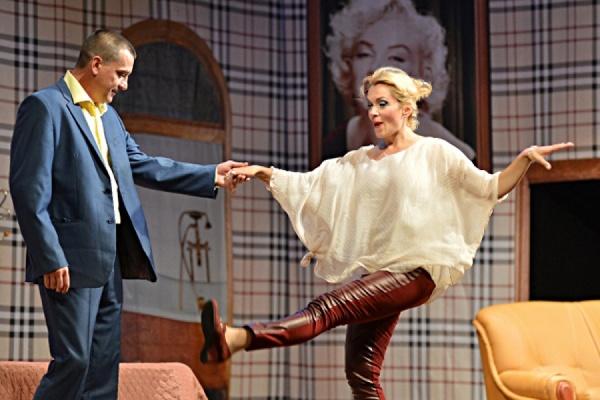 В Екатеринбурге состоится премьера спектакля «Неоконченный роман»